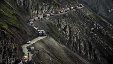 Photo of India legveszélyesebb hegyi útja, a Zoji La hágó