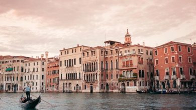 Photo of Velence rejtett történelme és kevéssé ismert helyei egy csodálatos útifilmen