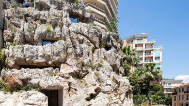 """Photo of Luxus ökovillát """"faragtak"""" egy monacói sziklába"""