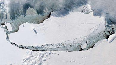 Photo of Egy atlanti-óceáni sziget felé közelít a világ legnagyobb jéghegye
