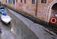 Photo of Szokatlan látvány: kiapadtak a csatornák Velencében