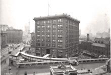 Photo of 1930-ban egy 9 emeletes épületet elforgattak 90 fokkal, miközben odabent mindenki dolgozott